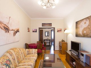 Fully Renovated 2 Bedroom Apt in Piraeus