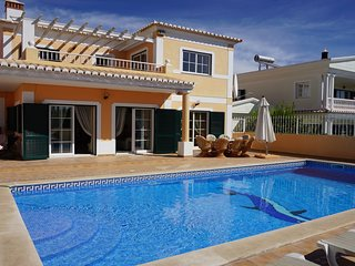 Stunning 5 Bedroom Villa close to Meia Praia & Lagos Marina, Lagos, Portugal