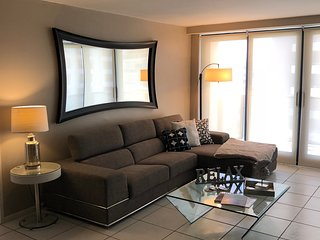 Deluxe Signature Suite - 2 bed/2 bath - Suite 1007