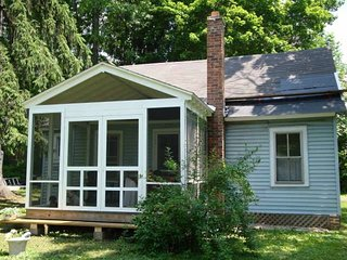 Newly Renovated Berkshire Cottage near Tanglewood