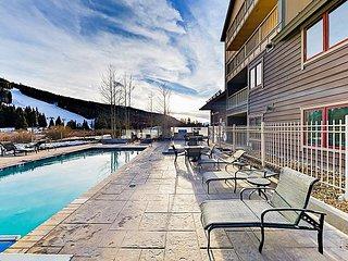 Slopeside River Run Village 2BR Condo w/ Pool, 2 Hot Tubs & Heated Garage