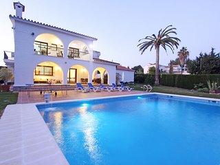 Marbella Holiday Villa (Casa Nina)