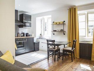 Charmant appartement cœur historique - Place du Palais