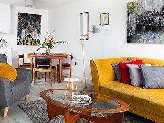 Stunning Marina Duplex Suite
