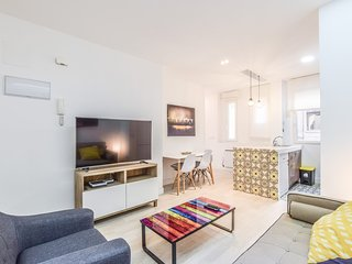 1.4 km from the center of Madrid with Internet, Air conditioning, Lift (911685)