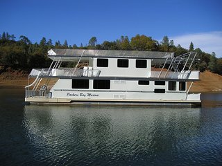 Shasta Marina at Packers Bay Constellation