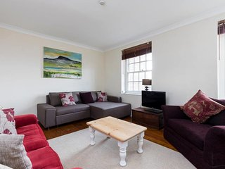 Bright 2Bed in Clapham under 10 mins to tube