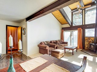 Ski-in/ski-out condo w/ deck, mountain views, & wood stove - 1/2 mile to lifts