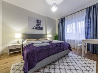 Elegant 2 Bedrooms Apartment in the Centre of Tallinn ( for 3 person)