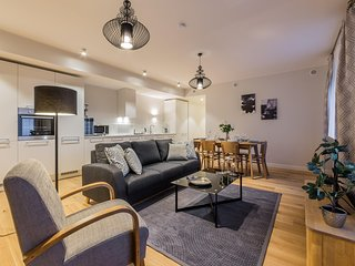 Gorgeous 2 Bedrooms Apartment in the Centre of Tallinn ( for 4 person)