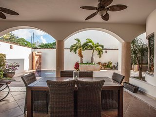 Casa Copan. Unique private home with amazing private pool! At Cancun's downtown
