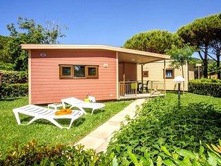 2 bedroom Villa in Castiglione della Pescaia, Tuscany, Italy : ref 5055882