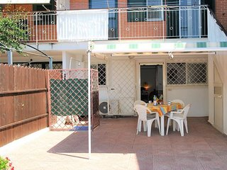 2 bedroom Apartment in Sperlonga, Latium, Italy : ref 5401943
