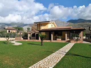 4 bedroom Villa in Itri, Latium, Italy : ref 5569022