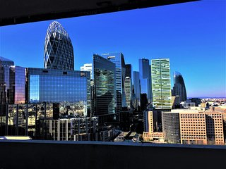 Paris la Defense 2 pieces 52m2 balcon (Metro1/RER A/Parking Gratuit)