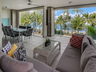 Island Views Nine | Luxury Beachfront Apartment