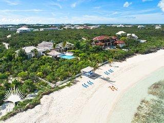 Snorkel right in front of Castaway Luxury Beachfront 5BR Villa