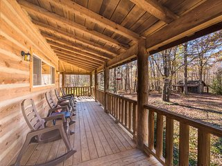 Trails End, Pet Friendly Log Cabin