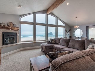 Serendipity  #174 - Beautiful oceanfront home in Kiwanda Shores