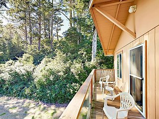 3BR Nature Lover's Paradise - Next to Cape Kiwanda State Park - Walk to Beach