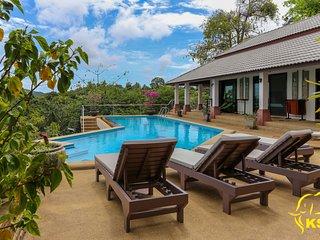 Villa Lilou Baan 4CH, 4SDE, PISCINE