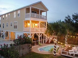 5BR w/ Elevator, Big Private Pool & Outdoor Kitchen – 1/2 Block to Beach!
