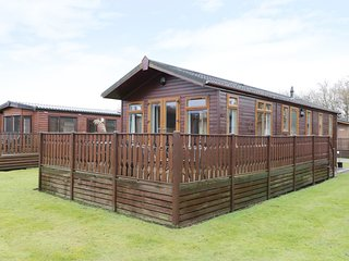 DIVA LODGE, open plan, on-site facilities, modern interior, near Carnforth