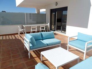 CAÑADA HONDA, 2 habitaciones, urbanización con piscina, padel y plaza de garaje
