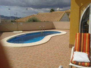 2 Bed Villa with Large Enclosed Private Garden, Pool, Air Conditioning & Wi-Fi
