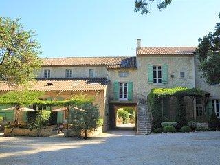 Moulin de la Roque - Noves - btwn Avignon and Saint Remy de Provence