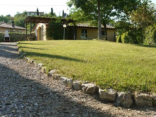 2 bedroom Villa in Monterappoli, Tuscany, Italy : ref 5546787