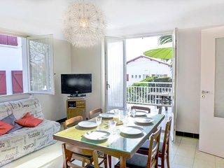 2 bedroom Villa in Bidart, Nouvelle-Aquitaine, France : ref 5583668