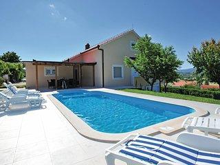 3 bedroom Villa in Jurele, Splitsko-Dalmatinska Zupanija, Croatia : ref 5563600