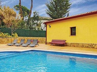 5 bedroom Villa in Caulés, Catalonia, Spain : ref 5549705