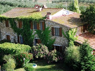 3 bedroom Apartment in Fonte Brizzi, Tuscany, Italy : ref 5583561