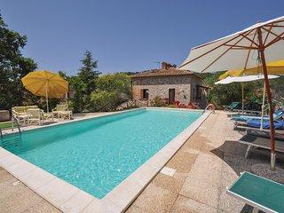 4 bedroom Villa in Palombara-Palazzo, Umbria, Italy : ref 5540602