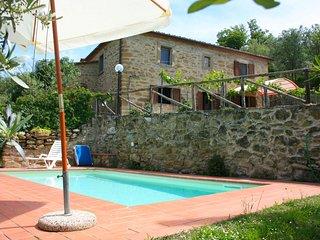 2 bedroom Villa in Cegliolo, Tuscany, Italy : ref 5490375