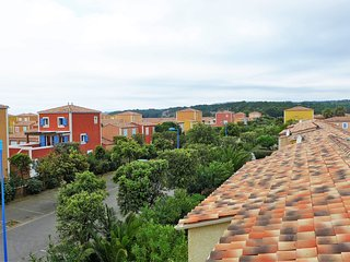 3 bedroom Apartment in Narbonne-Plage, Occitania, France : ref 5557831
