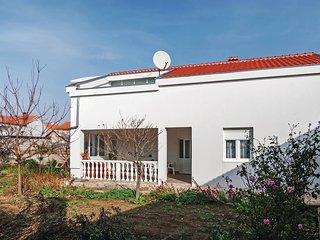 3 bedroom Villa in Grubić, Zadarska Županija, Croatia : ref 5542602