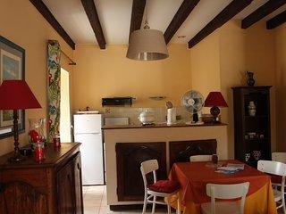 3 bedroom Villa in Saint-Amand-de-Coly, Nouvelle-Aquitaine, France : ref 5554383
