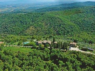 7 bedroom Villa in Palazzuolo sul Senio, Tuscany, Italy : ref 5678171