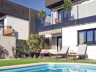 3 bedroom Villa in Arroyomolinos, Community of Madrid, Spain : ref 5550570