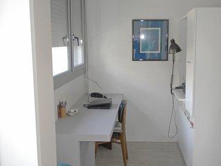 1 bedroom Apartment in Paris 13 Gobelins, Île-de-France, France : ref 5554993