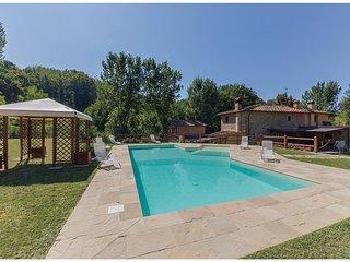 3 bedroom Villa in Ostina, Tuscany, Italy : ref 5566832