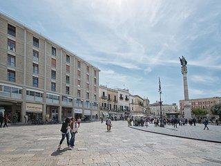 1 bedroom Apartment in Lecce, Apulia, Italy : ref 5551321