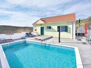 2 bedroom Villa in Brštanovo, Splitsko-Dalmatinska Županija, Croatia : ref 55452