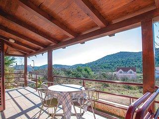 4 bedroom Villa in Vrulje, Šibensko-Kninska Županija, Croatia : ref 5575354