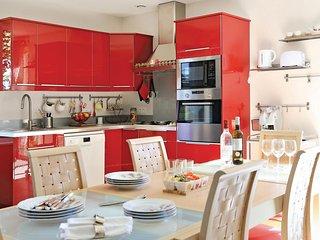 2 bedroom Villa in Lalinde, Nouvelle-Aquitaine, France : ref 5565375