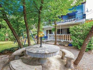 4 bedroom Villa in Jadranovo, Primorsko-Goranska Zupanija, Croatia : ref 5564831