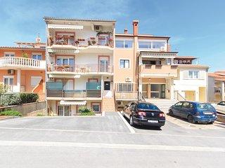 2 bedroom Apartment in Pula, Istria, Croatia : ref 5535875